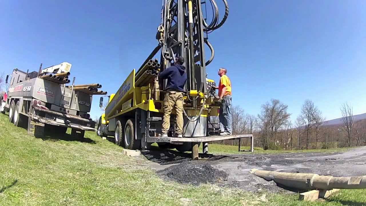 Deep Well Pump Rig