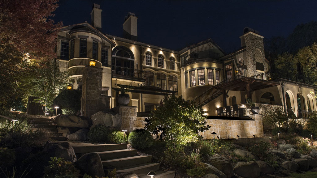 Hire A Professional Landscape Lighting Designer In Tampa